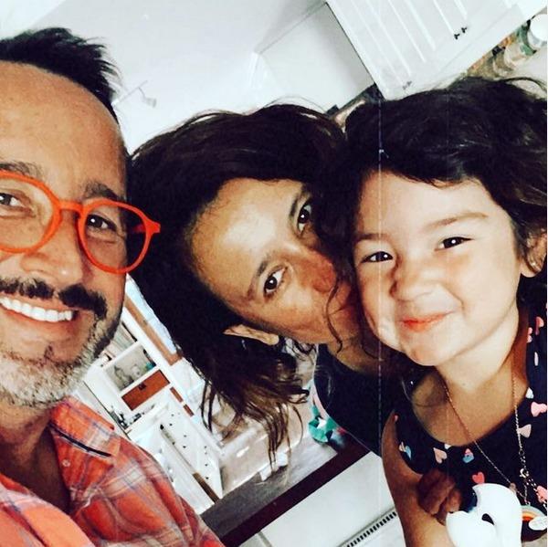 Eduardo Fuentes, Andree Burgat y su hija Alma