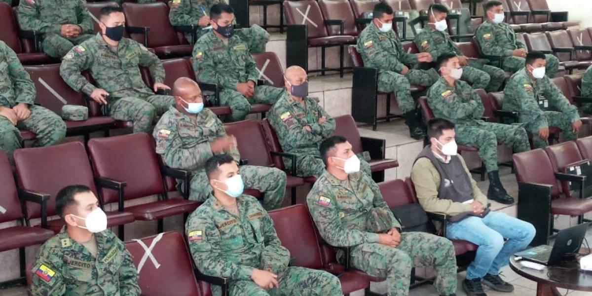 Azuay: más de 1.000 militares brindarán seguridad en las elecciones