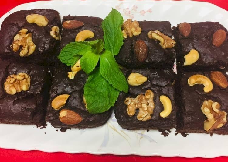 Brownie de quinoa con harina de avena y leche de coco
