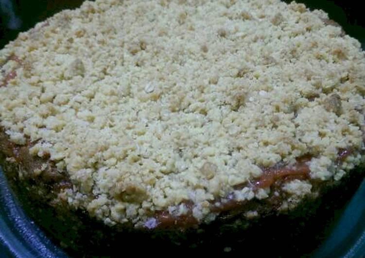 Torta con guayaba y crocante de avena