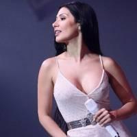 Simaria mostra como usar calça cintura alta em um look esporte fino e ficar elegante