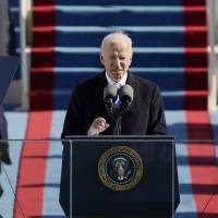 Biden volverá a implementar restricciones de viaje por COVID-19
