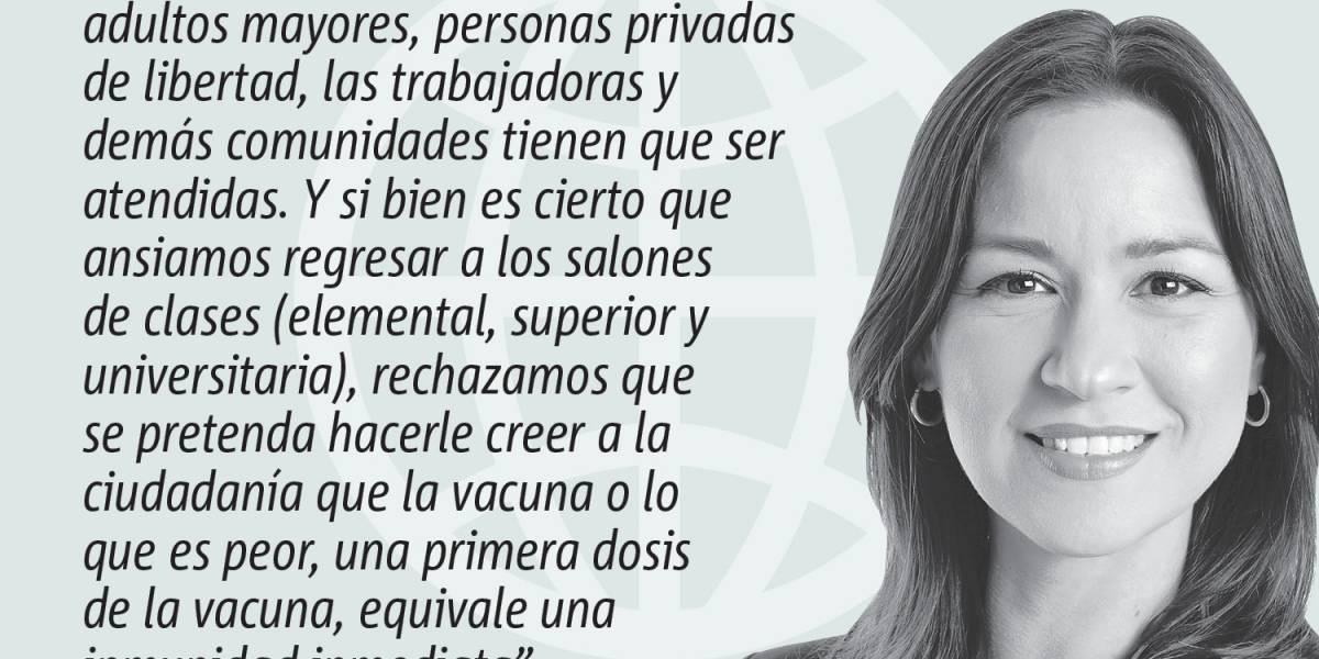 Opinión de Rosa Seguí: Los retrasos y tropiezos en la vacunación
