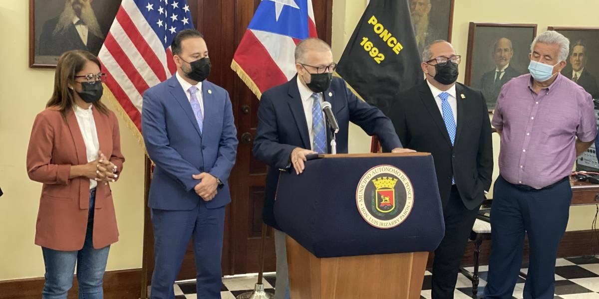 Alcaldes del sur respaldan desarrollo económico centrado en el puerto y aeropuerto de Ponce