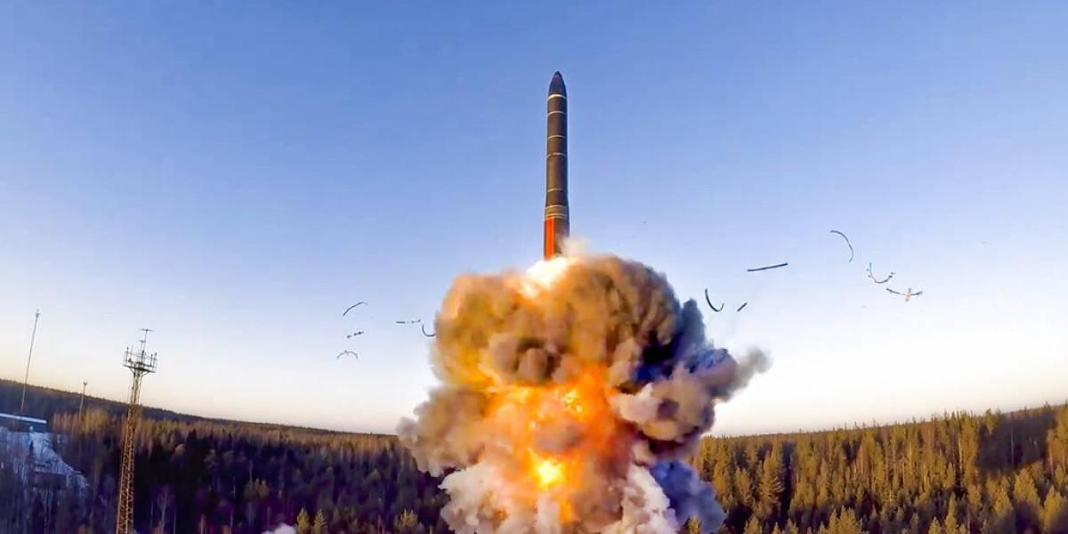 Gobierno de Joe Biden busca extender por cinco años tratado nuclear con Rusia
