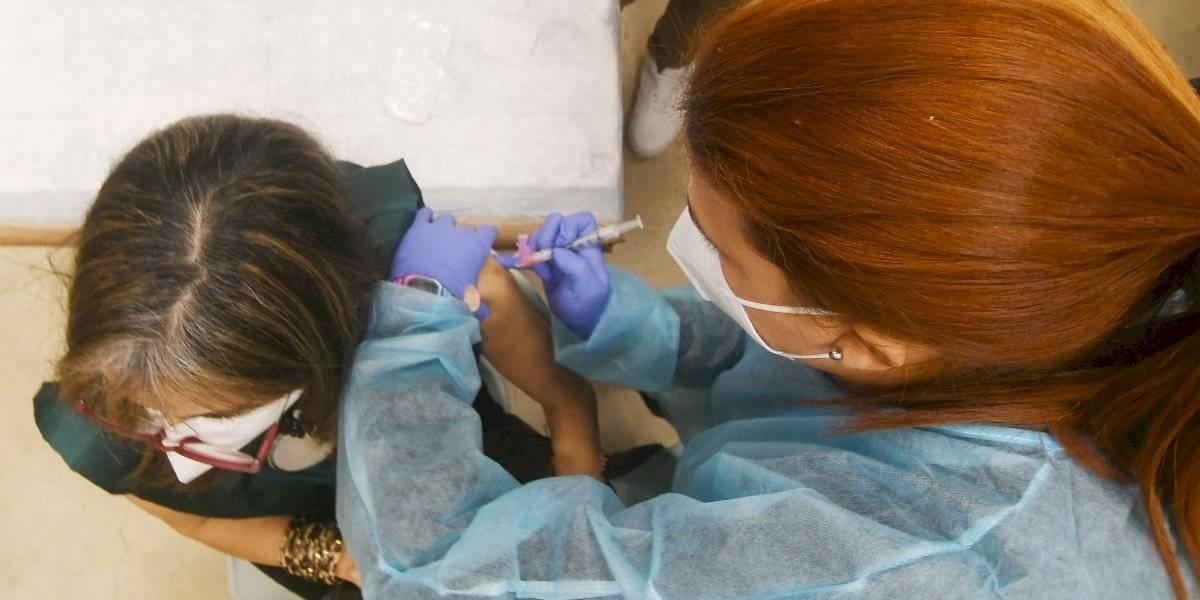 Nueva vacuna ofrece alto índice de protección contra el COVID-19