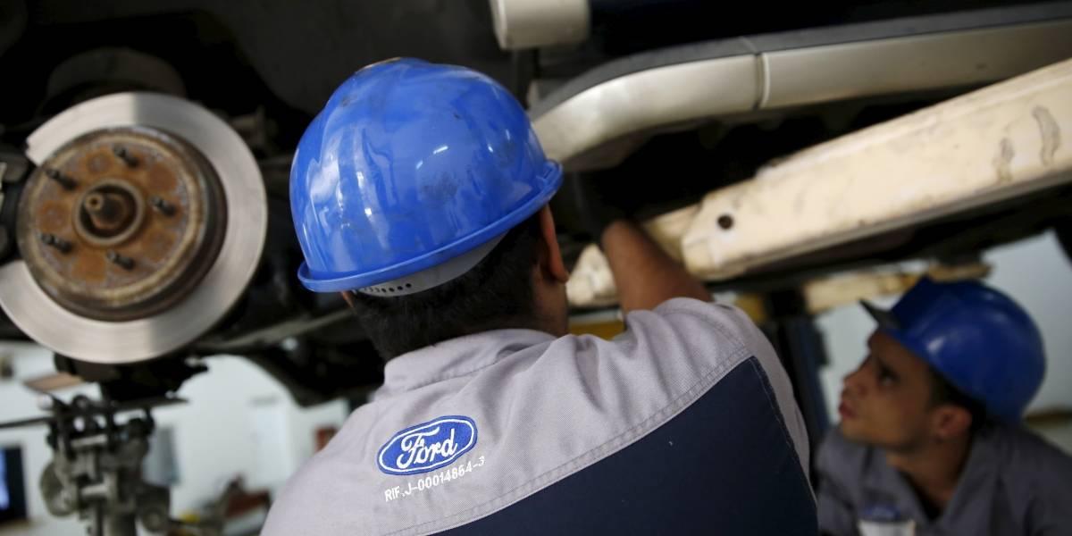 Ford destina $500 millones a revisión de 3 millones de vehículos con 'airbags' defectuosos