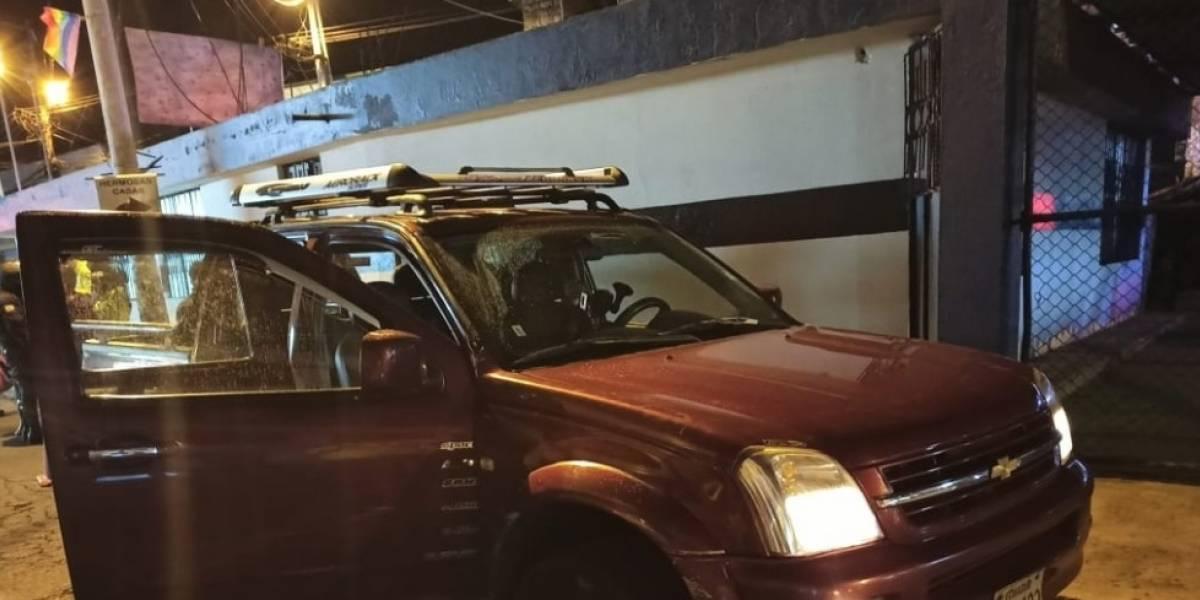 Enfrentamiento entre policías y delincuentes en Guamaní, sur de Quito