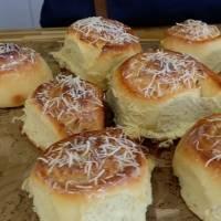 Receita prática de pão de leite condensado com coco; famosa fatia húngara