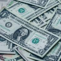 Empresario ofrece casi un millón de dólares para quien sea capaz de responderle solo una pregunta