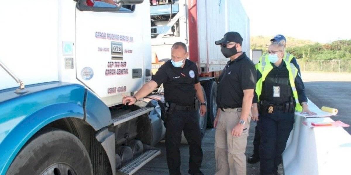 Agentes del Negociado de Transporte y Otros Servicios Públicos realizan operativo de seguridad en Salinas