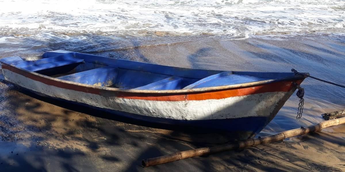 Detienen a mujer que llegó en embarcación ilegal por Aguada