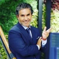 Raúl Araiza muestra su exquisita cocina minimalista y confirma que tiene buen gusto al decorar