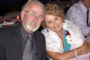 De mãos dadas, casal de idosos morre de Covid-19 com poucos minutos de diferença