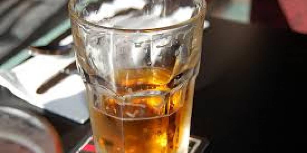 Separados de sus cargos, por ingerir bebidas alcohólicas en el Registro de la Propiedad de Pelileo