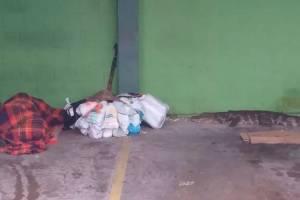 https://www.metrojornal.com.br/foco/2021/01/25/morador-de-rua-acorda-ao-lado-de-jacare-no-litoral-de-sp.html