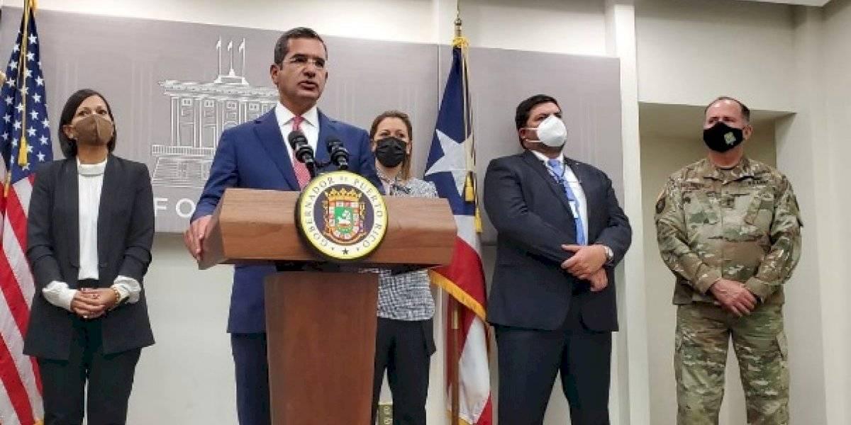 "Gobernador revela que orden ejecutiva para reabrir escuelas es ""inminente"""