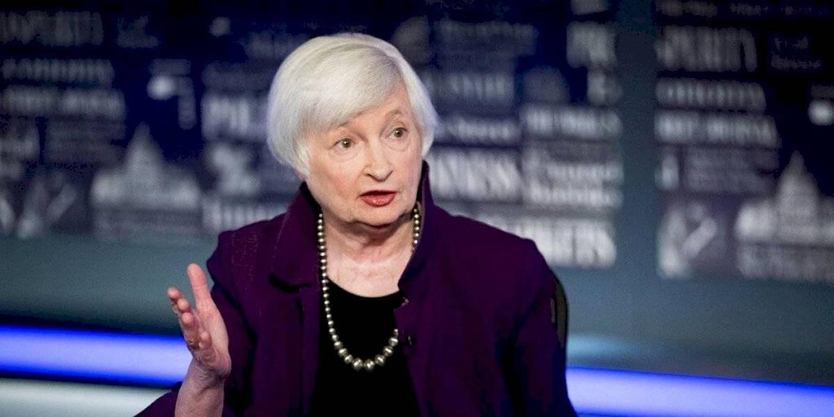 Senado confirma primera mujer para dirigir Departamento del Tesoro