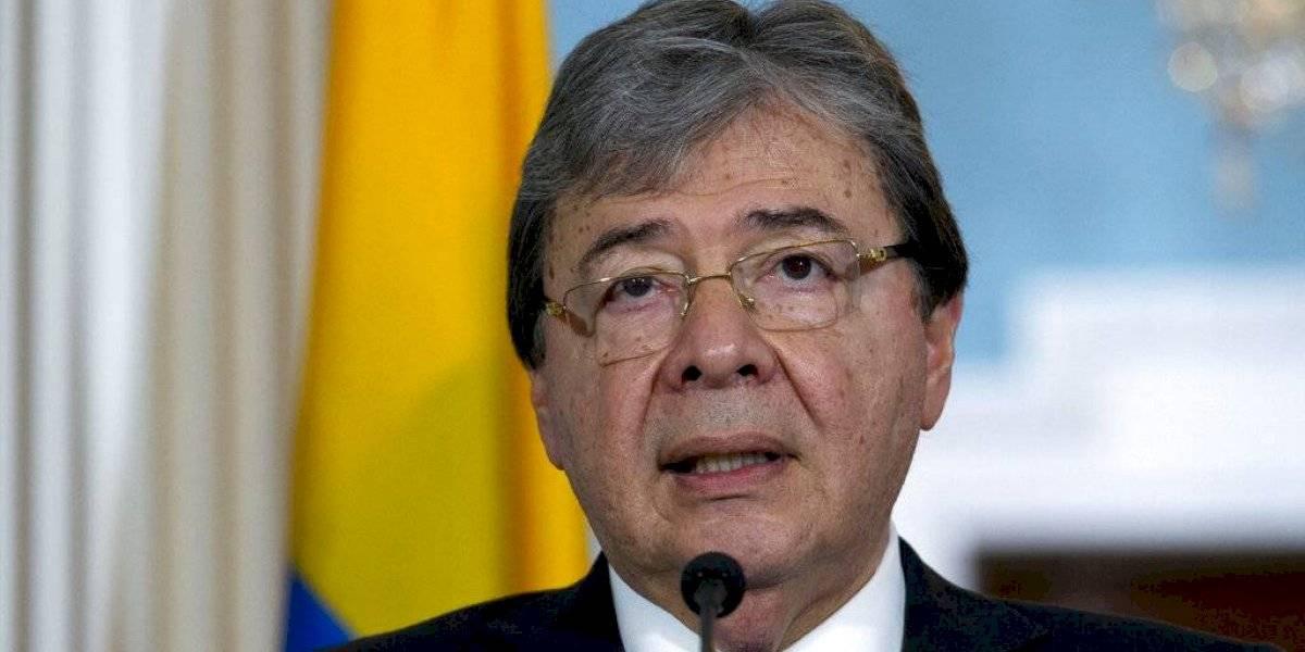 Fallece de coronavirus el ministro de Defensa de Colombia