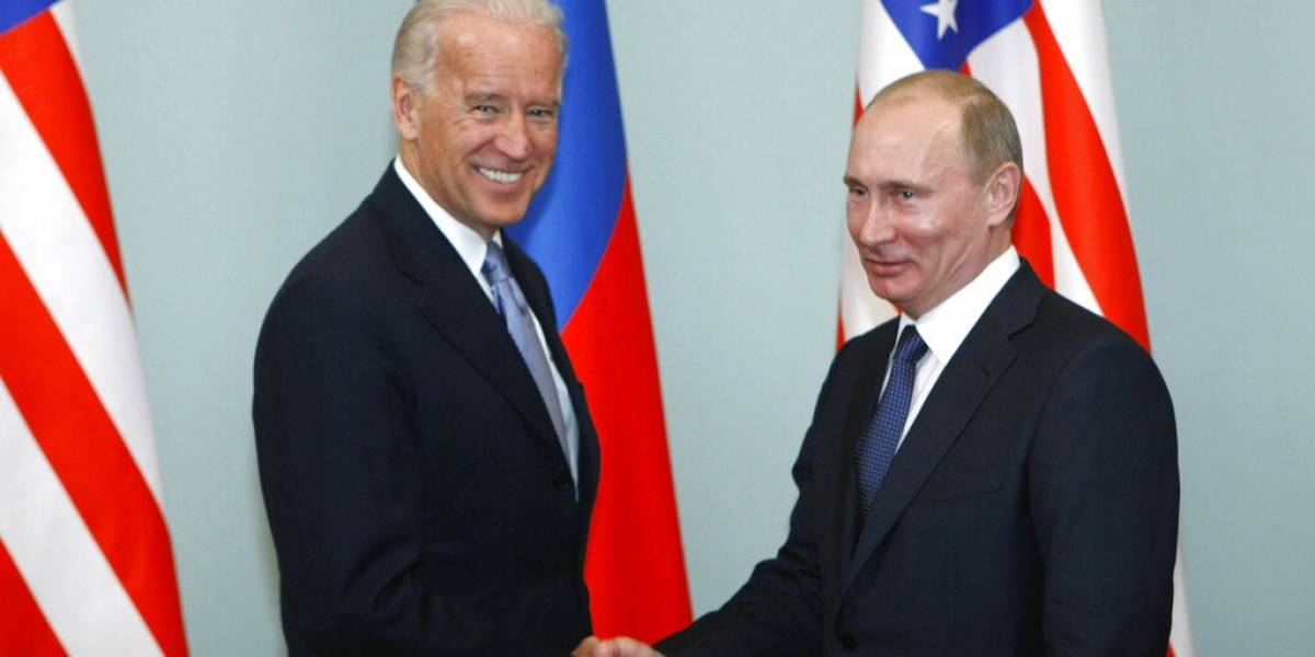 Biden habla con Putin por primera vez como presidente