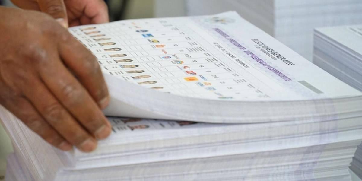 Las papeletas para parlamentarios andinos, aún en 0%