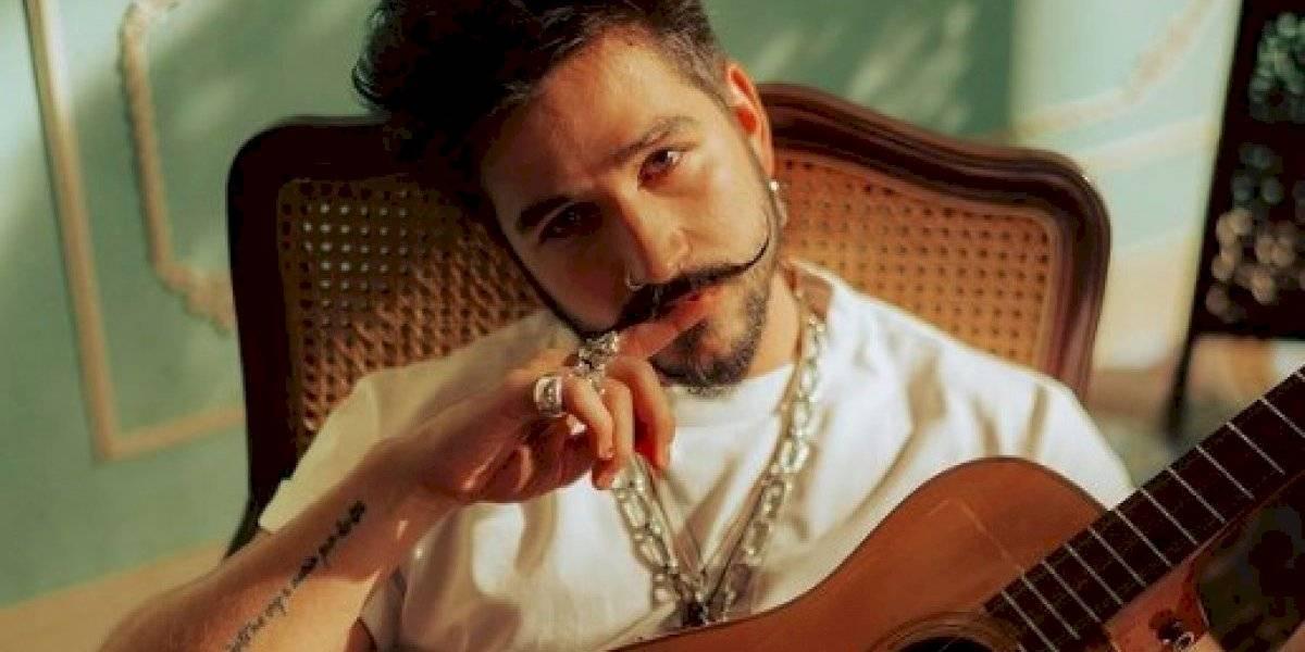 """Camilo se apodera de la lista general de radio de Estados Unidos con """"Vida de rico"""""""