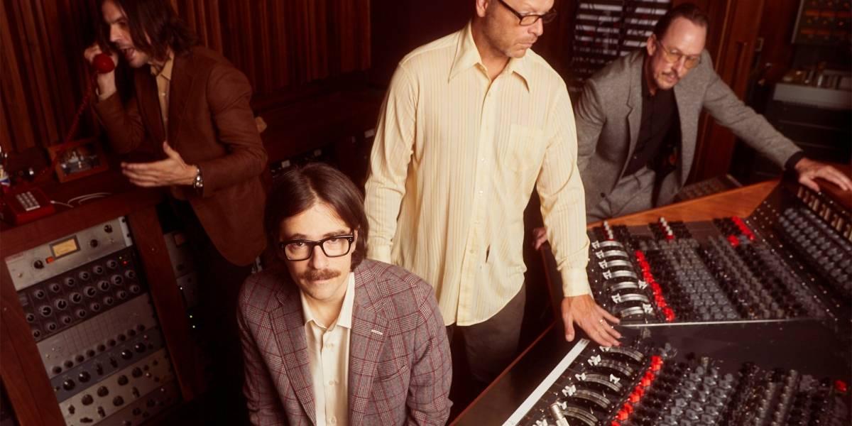 Em 'OK Human', Weezer surpreende com álbum orquestrado e sem guitarras