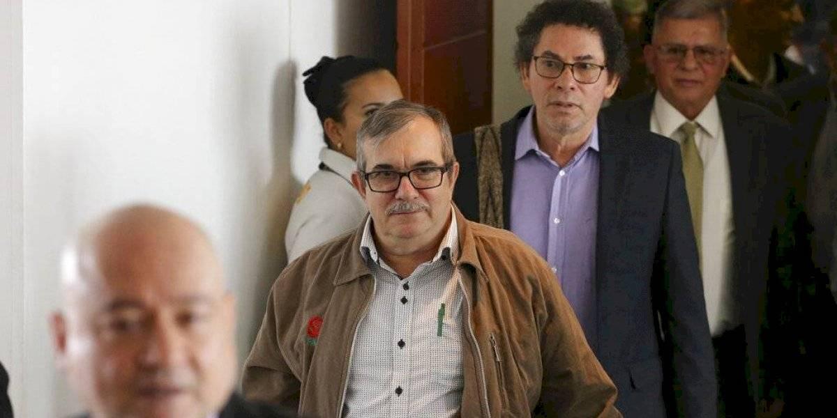 Imputan a exjefes de antigua FARC crímenes de lesa humanidad