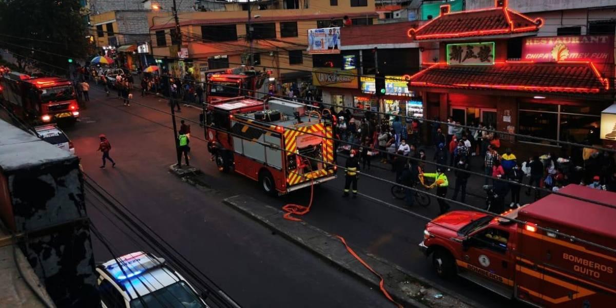 Un menor de edad fallecido y dos personas heridas tras incendio en el Comité del Pueblo
