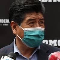 """Jorge Yunda: """"no es necesario vacunar contra la Covid a los 3 millones de quiteños"""""""