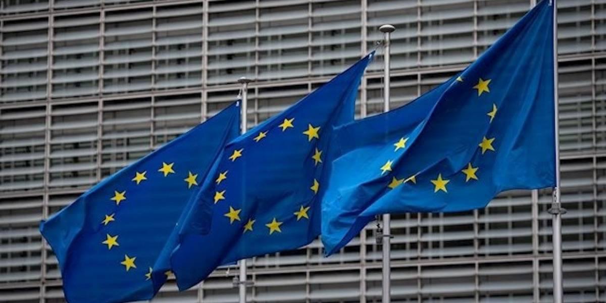 Cvirus.- Bruselas adopta el sistema para bloquear la exportación de vacunas si los laboratorios incumplen el contrato