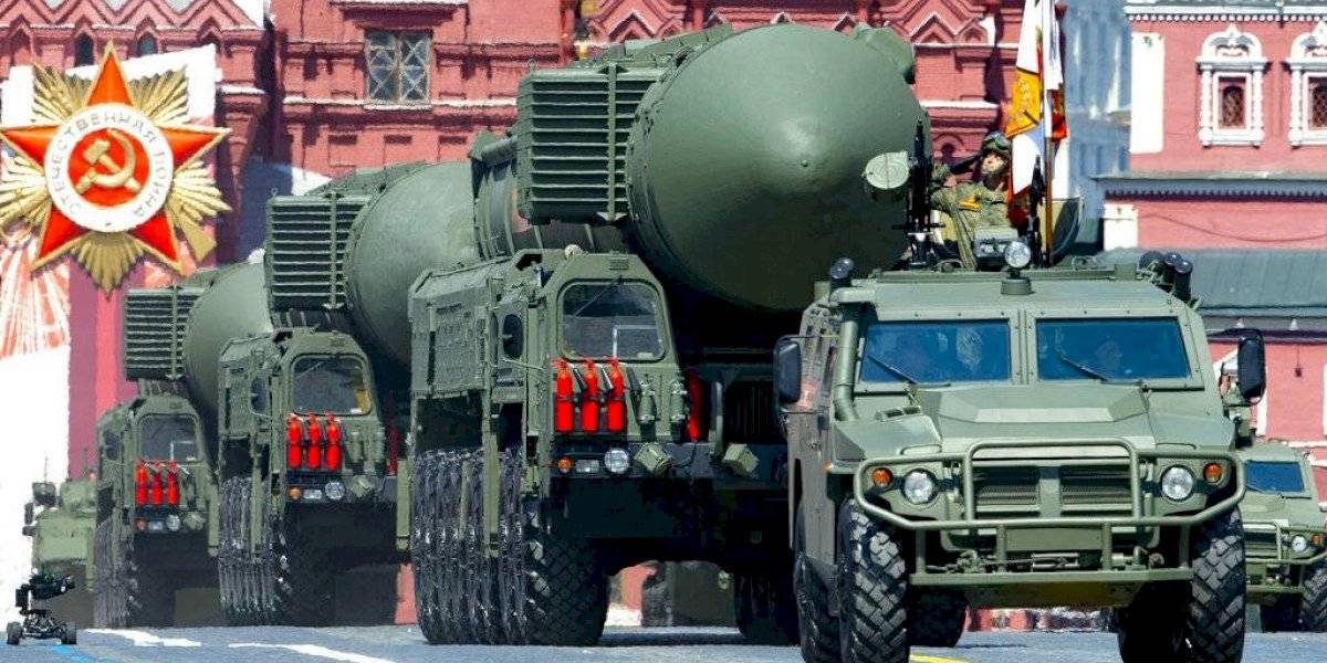 Putin firma extensión de tratado nuclear con Estados Unidos