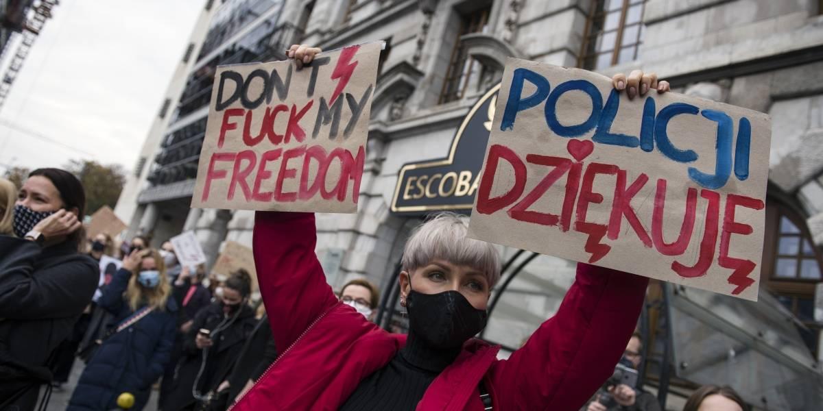 Polonia.- Al menos seis detenidos en Varsovia durante nuevas protestas contra la ilegalización del aborto