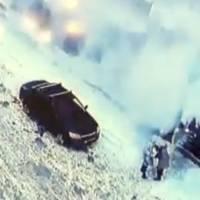 """Dos mujeres sepultadas tras """"avalancha"""" que cayó desde edificio"""