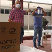 CNE recuerda que se puede sufragar con cédula caducada ante larga filas para tramitar el documento de identidad