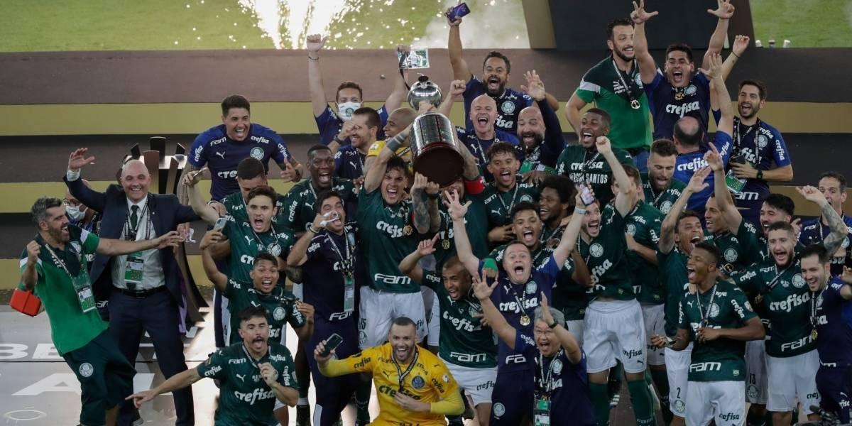 Fútbol.- El Palmeiras conquista la Libertadores en el 99'