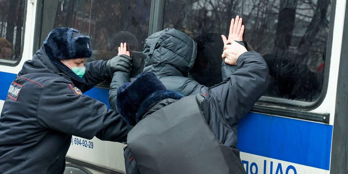 Rusia.- La Policía rusa cierra el centro de Moscú para impedir la principal protesta por la liberación de Navalni