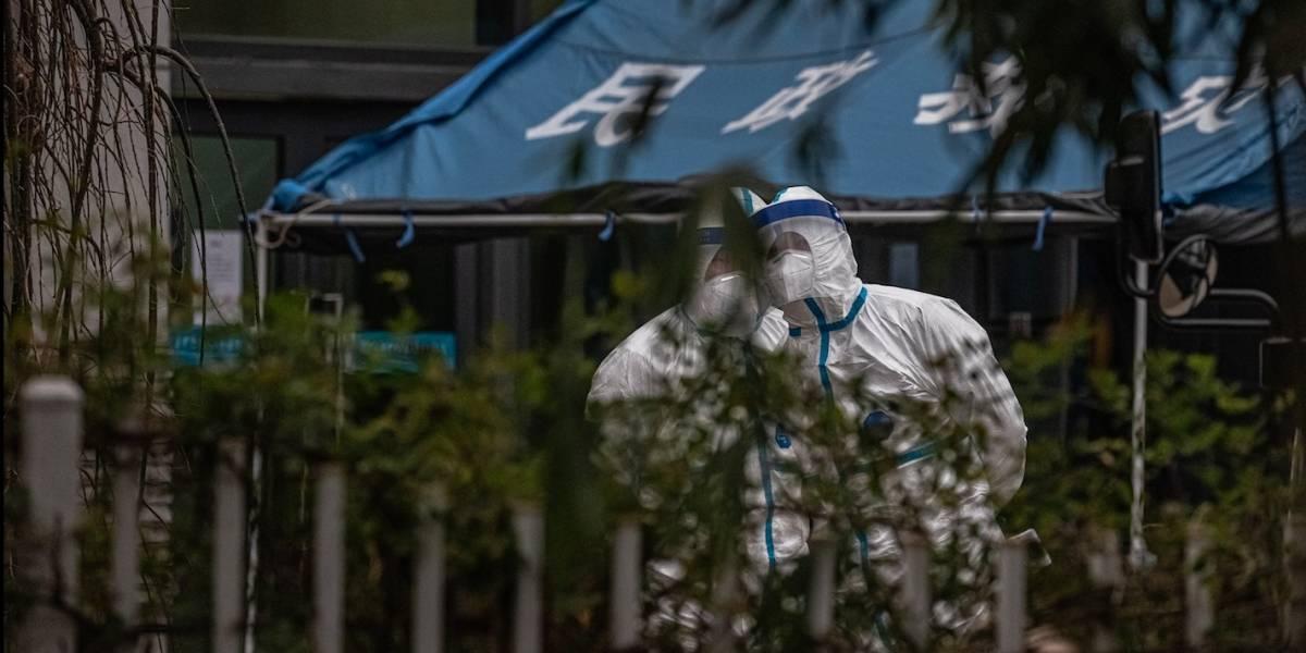 Expertos OMS visitan mercado donde se dieron los primeros contagios en Wuhan