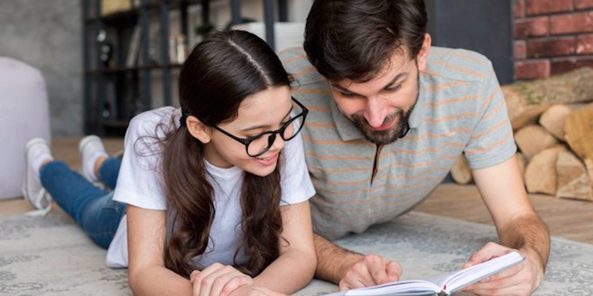 Leitura compartilhada: 5 benefícios para o desenvolvimento infantil