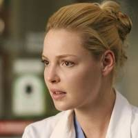 'Eu queria morrer': Katherine Heigl revela detalhes sobre polêmica saída de Grey's Anatomy