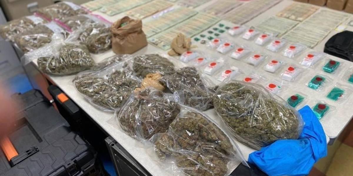 Policía incauta drogas y efectivo en medio de allanamiento en Juana Díaz