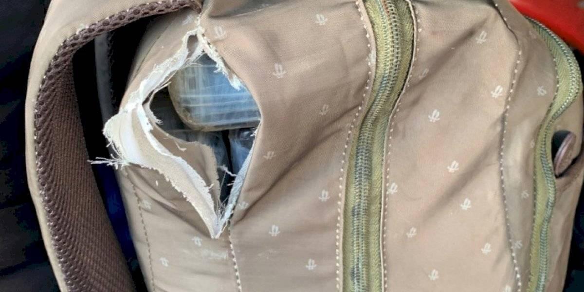 Confiscan 181 libras de cocaína en mochilas a bordo barco de carga