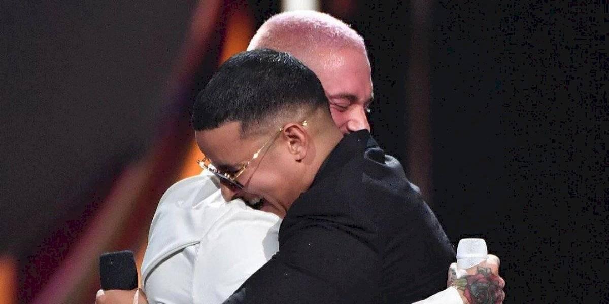 El conmovedor saludo con el que J Balvin sorprendió a Daddy Yankee en su cumpleaños 44