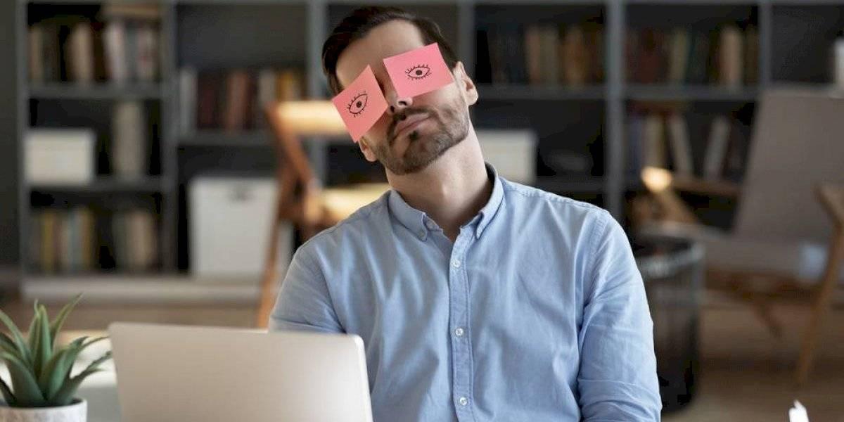 Teletrabajo: Beneficios de una siesta en medio de la jornada laboral