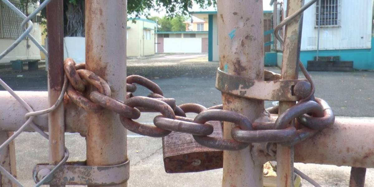 Educación firma acuerdo con municipios del sur para rehabilitar escuelas en desuso