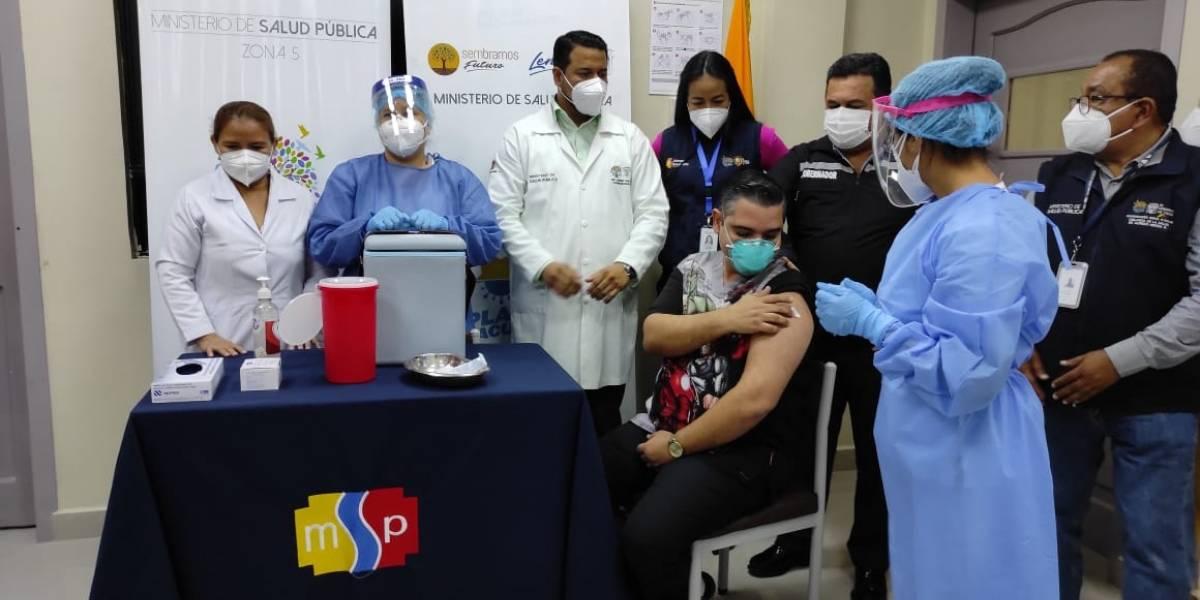 Aún no hay fecha ni pronunciamiento sobre la llegada del segundo lote de vacunas contra el covid-19 a Ecuador