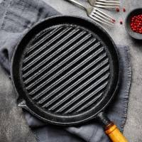 Aqui estão TODAS as dicas de como utilizar corretamente a sua panela de ferro; confira