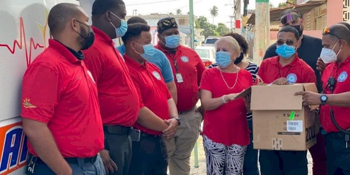 Loíza adquiere nuevo equipo de electrocardiogramas para su servicio de ambulancias