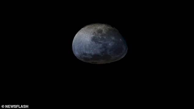 """La Luna y su """"puesta de sol orbital""""."""