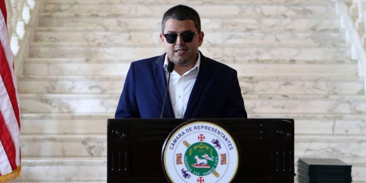 Exrepresentante acusado dice de los 16 candidatos a delegación congresional no sale uno